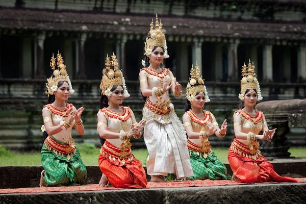 Камбоджийский танец Апсара