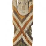 Фигурка с поднятыми рукамиот шамана народа