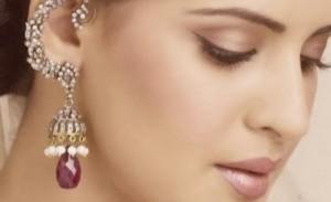 Харн пхул - украшения в ушах индианки
