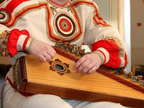 Древний инструмент славян - гусли